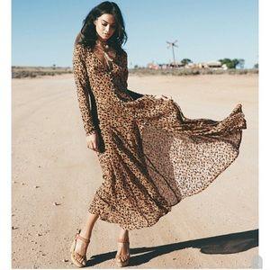 🔁 SWAP 🔁 Spell Saphari Gown